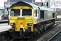 "EMD 998106-2 - Freightliner ""66502"" 02.04.2011 ManchesterOxfordRoad [GB] Dan Adkins"
